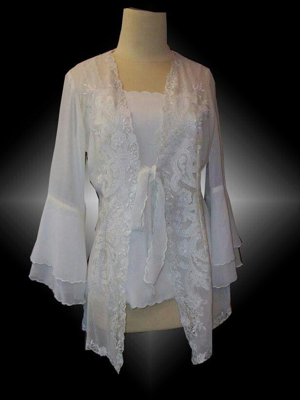 Beautiful white kebaya encim  Kebaya encim, visit my page on facebook : BUTIK GAYAKU