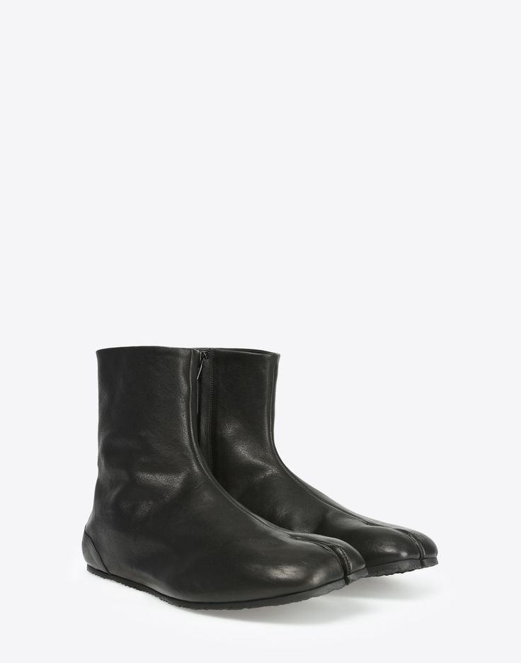 The iconic Maison Margiela Tabi boot, adapted for the menswear collection //