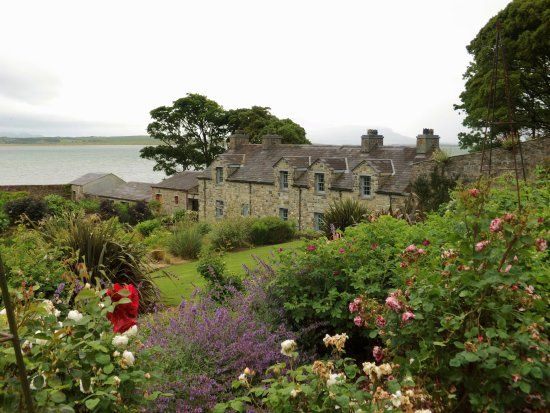 Lissadell House - sea, good views, Irish history, gardens, Yeats