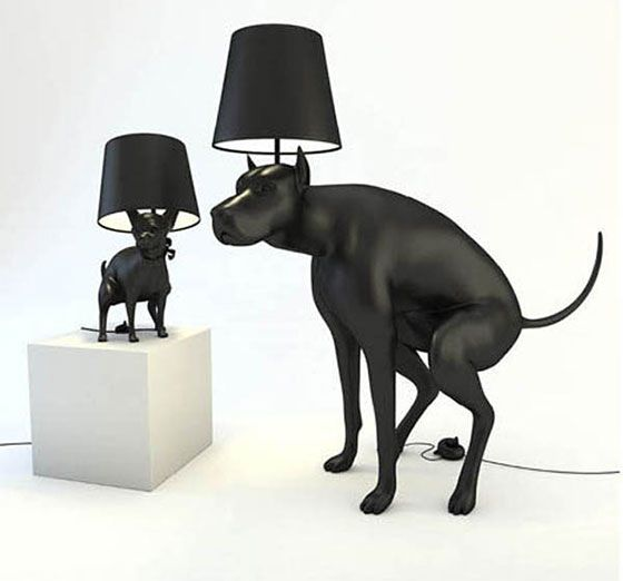 dogs taking a shit - lamp