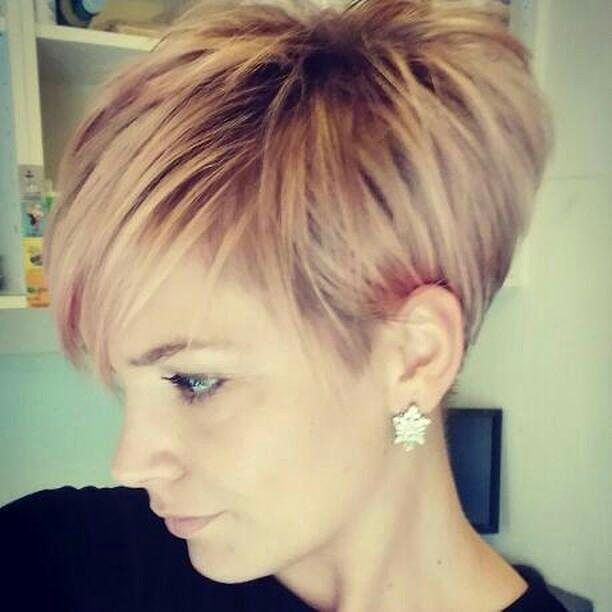"1,057 Likes, 4 Comments – Short Hair (Short Hair Styles Ladies) on Instagram: ""… – #Short HairstylesLady Blonde #Short HairstylesWomen's Goggles #Short Hair …"