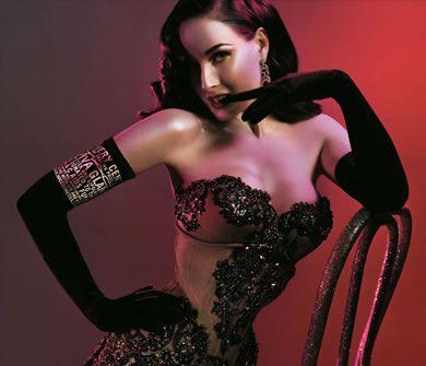 Italian article on Burlesque  ditavonteese_390