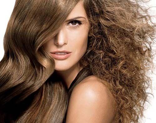 Dicas especiais de como acabar com o cabelo armado, aquele que dá um volume chato e deixa o cabelo com frizz, tirando toda a delicadeza do penteado e dos fios. http://salaovirtual.org/como-cuidar-cabelo-armado/ #dicas #cuidados #salaovirtual