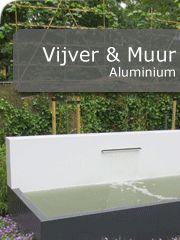 Aluminium vijver met achterwand. In de achterwand is een RVS waterloop geplaatst. De vijver en ook de achterwand zijn in alle RAL kleuren te leveren. Deze geweldige aluminium vijvers en achterwanden zijn te koop in onze webshop.  http://www.hettuinleven.com/c-2174923/vijvers/