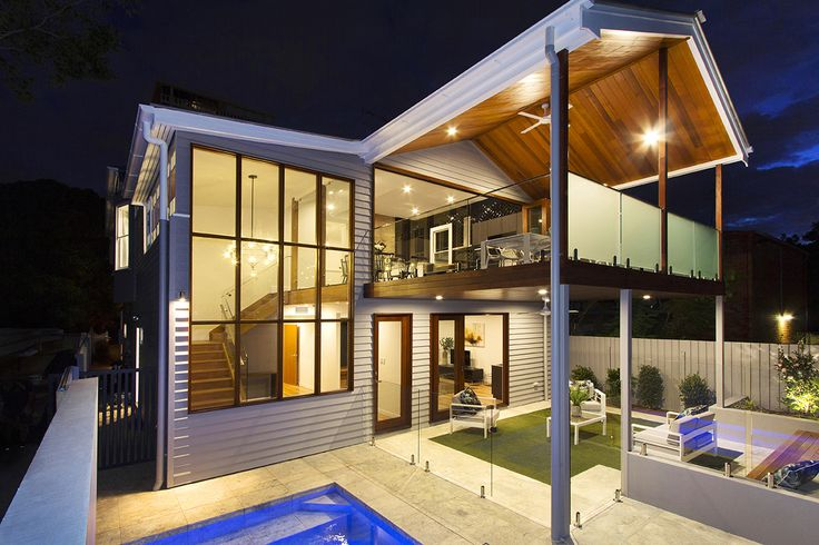 NEW FARM 332 Bowen Terrace...Showcasing an unforgettable street facade, this classic Queenslander has been brought to life infusing modern convenience with old world charm