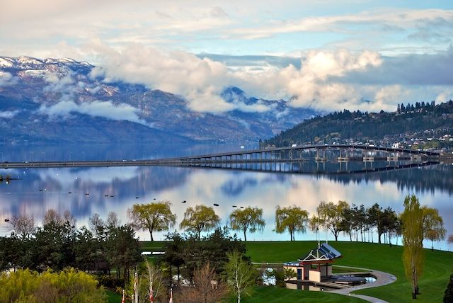 an introduction to the british columbias okanagan valley Tourism directory of the okanagan valley, british columbia - kelowna, penticton,  vernon, osoyoos, wine, golf, hotels.
