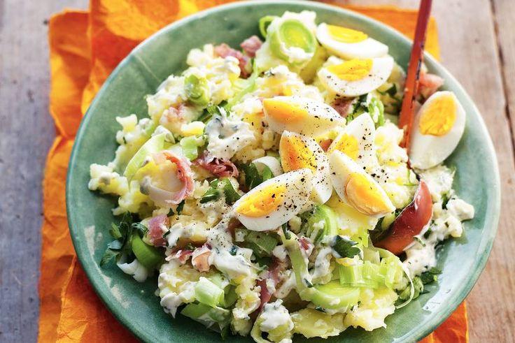 Kijk wat een lekker recept op de test-site van Allerhande! Preistamppot met rauwe ham en ei