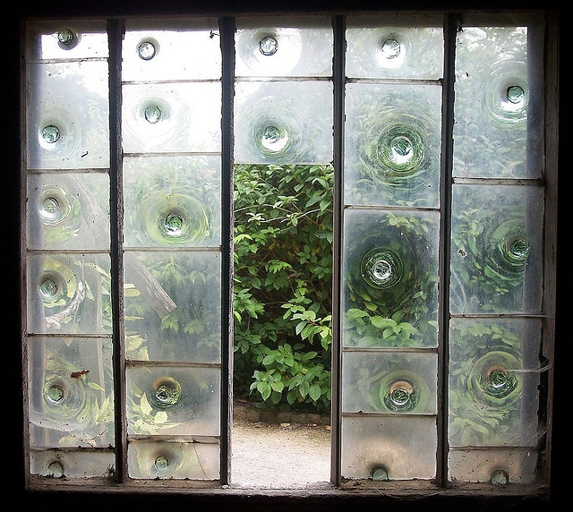 Bullseye glass window garden buildings building and window for 2 pane window