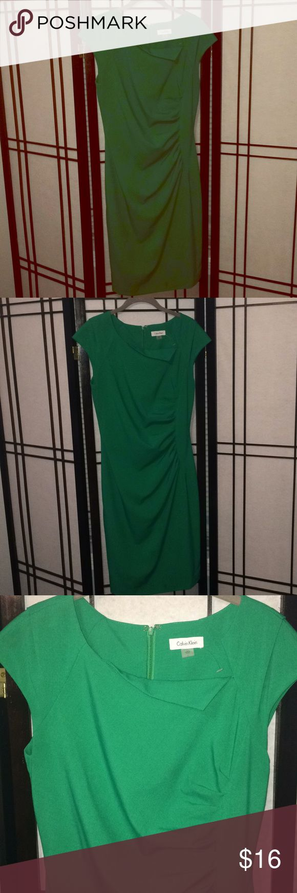 Calvin Klein Kelly Green Dress Pretty bright green work dress with cap sleeves and flattering ruching detail  on front. Hits just above the knee, fully lined. Calvin Klein Dresses