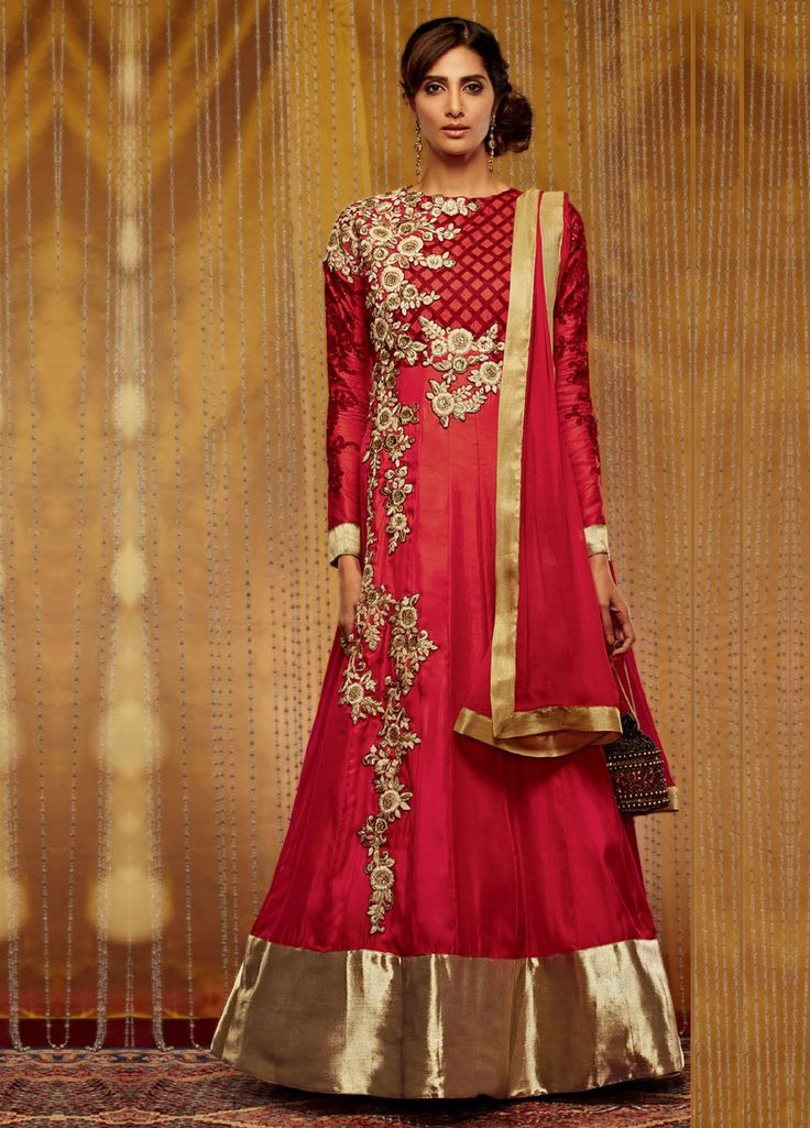 Elegant Georgette #AnarkaliStyleSuit with Chiffon Dupatta. #Shop #online and make your EID very special with your family. 25% #EIDDiscount on all products @ Manndola.com