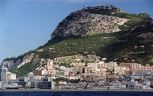Gambling #tax blow for Gibraltar as court rules it's 'one entity' with Britain https://www.theguardian.com/world/2017/jan/20/britain-eu-politics-gibraltar-gambling-tax-brexit