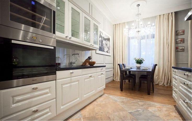 Белый и бежевый в интерьере кухни в классическом стиле