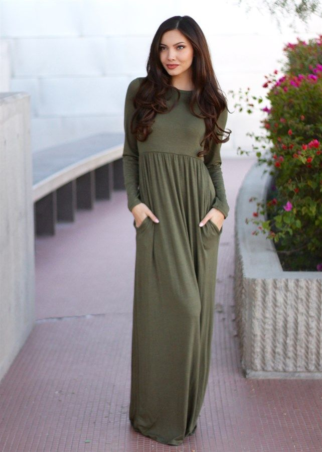 These long sleeve maxi dresses are the perfect dress to keep you warm all winter long!