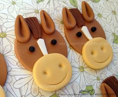 12 HORSE Edible Cupcake Toppers by SWEETandEDIBLE on Etsy