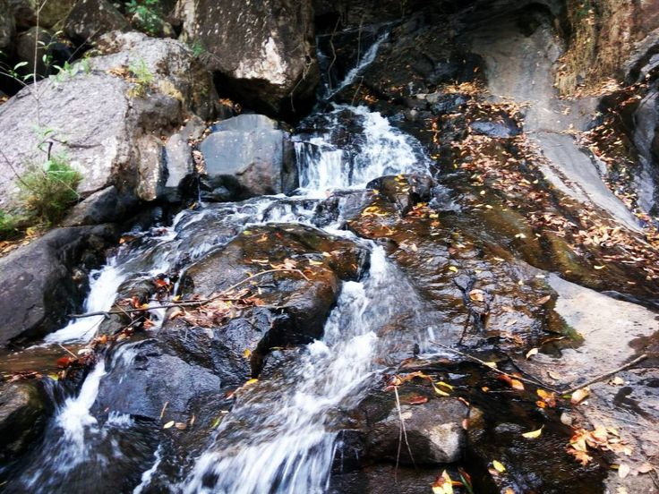Lower ghaghri waterfall is located at distance of 82 km from #latehar district headquarter.