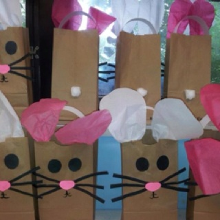 A friend of a friend, Shundre, mad these in her preschool classroom. Too cute!Easter Preschool, Shape Places, Mice Bags, Nurseries Rhymes, Preschool Crafts, Mouse Colors, Bunnies Bags, Schools Crafts, Preschool Classroom