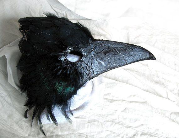 What an Amazing, Life Like Corvidae Mask!! by LaPetiteMascarade
