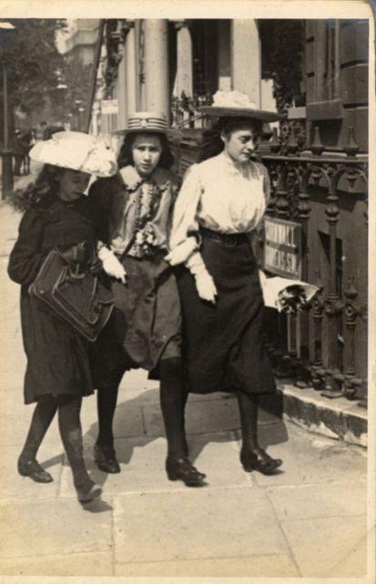 Kensington, London (26 July 1906)