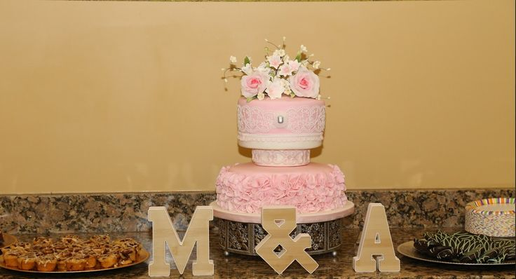 Check out this pretty #bridalshower cake! Need the perfect venue for your party? Call us! 862.200.5808 or visit http://yourownwinery.com/bridal-showers/