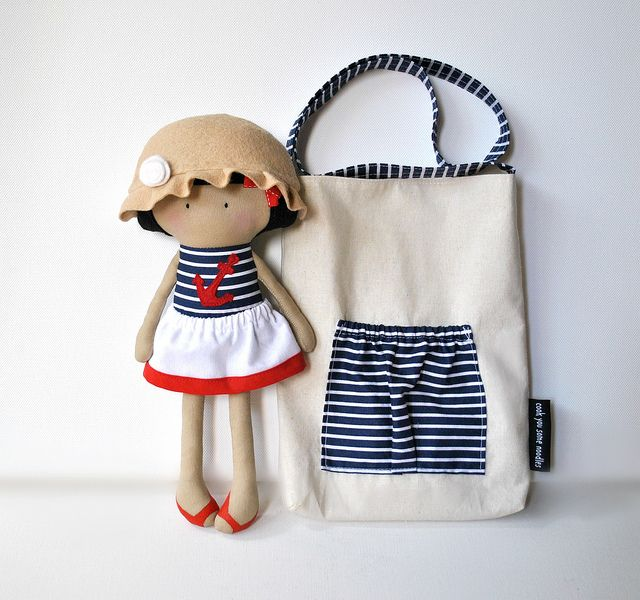 My Teeny-Tiny Doll™ Willow and Carry-Me Messenger Bag by Cook You Some Noodles, via Flickr