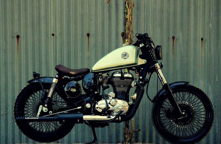 Royal Enfield Classic 350 Bobber by Jedi Customs - A Royal Enfield 350 has been modified by Mumbai-based customiser called Jedi Customs. Modified Bullets