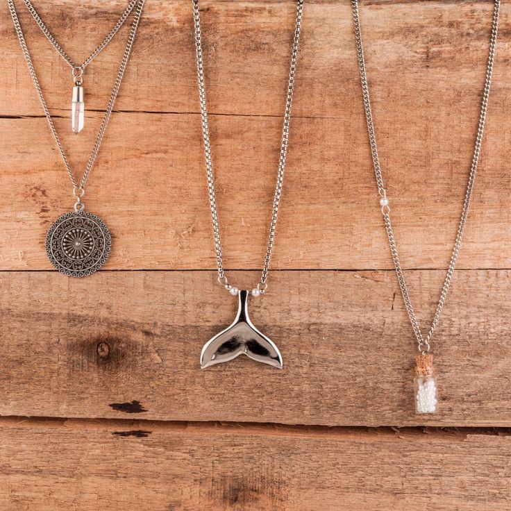 Colares para todos estilos! <3  #colar #sereia #sereismo #estilosereia #mermaid #colardelicado #necklace #vidadesereia
