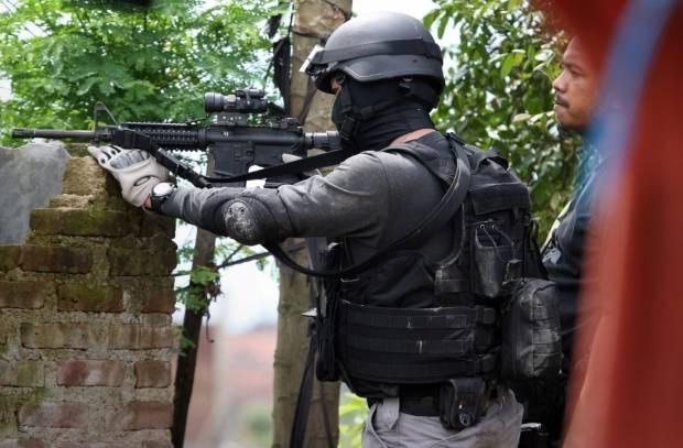 Tembak Mati Enam Teroris