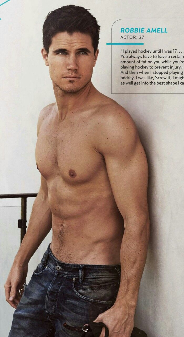 Pin on Robbie Amell