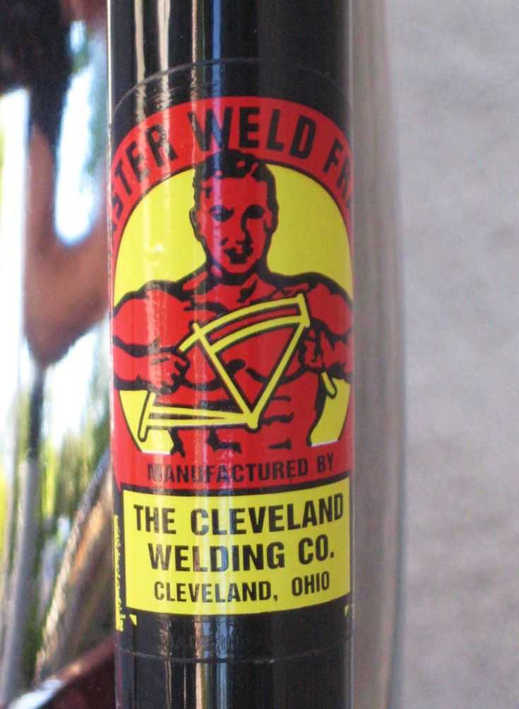 Cleveland Welding Company badge http://classiccycleus.com/home/wp-content/uploads/2014/09/Cleveland-Welding-Company.jpg