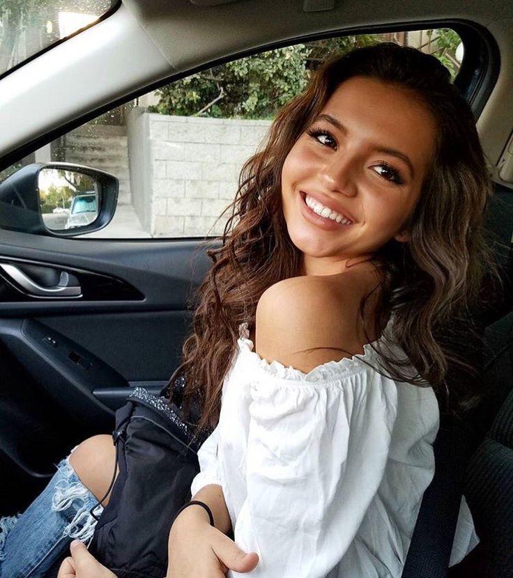 Isabela Moner News (@IsaMonerNews) | Twitter