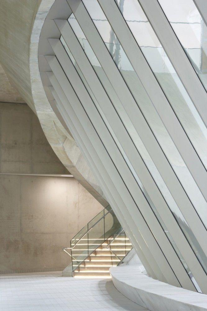 London Aquatics Centre for 2012 Summer Olympics / Zaha Hadid Architects #light #frames #repetition #transparency #concrete