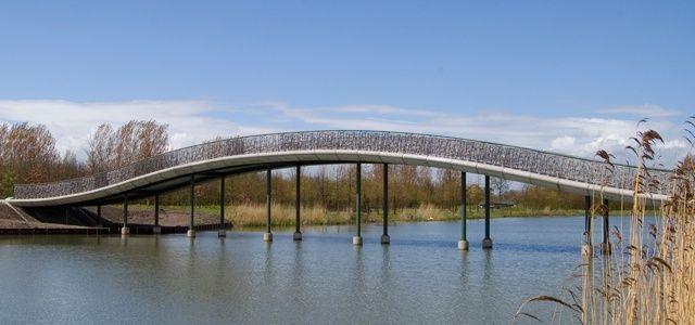 West 8 Urban Design & Landscape Architecture / projects / Máximapark Bridges