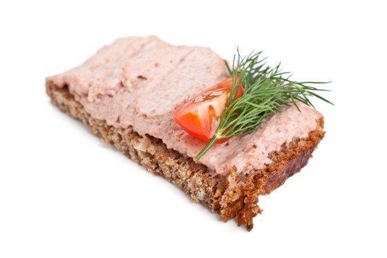 Горячие бутерброды с печенью трески
