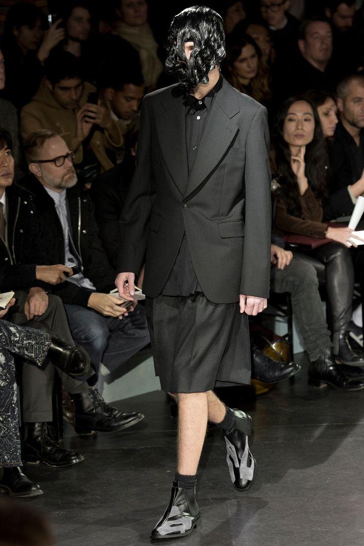 Comme des Garçons Fall 2014 Menswear Fashion Show