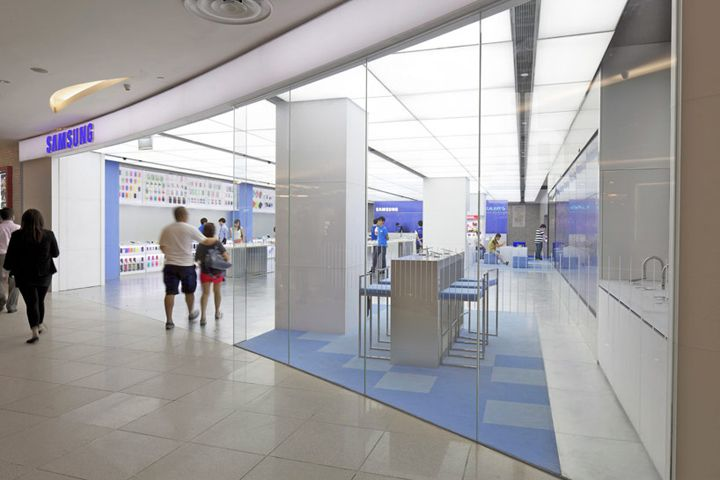 Samsung Experience store by OMA, Singapore
