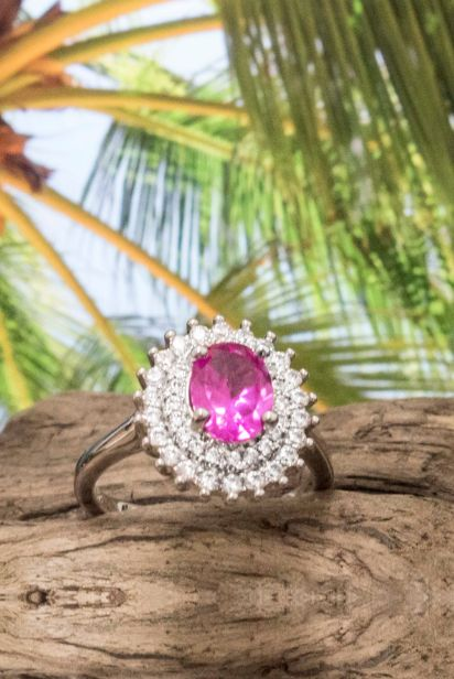 gemstone fashion ring with fuchsia hue | royalty inspired | classic, engagement ring. Pink stone