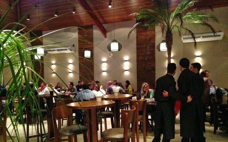 Casa Cica, Jundiaí, São Paulo - http://larissacarbonearquitetura.blogspot.com.br/2013/12/casa-cica-o-projeto.html
