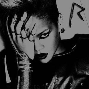 دانلود آهنگ خارجی سبک پاپ از Rihanna با نام Russian Roulette | بهترینز