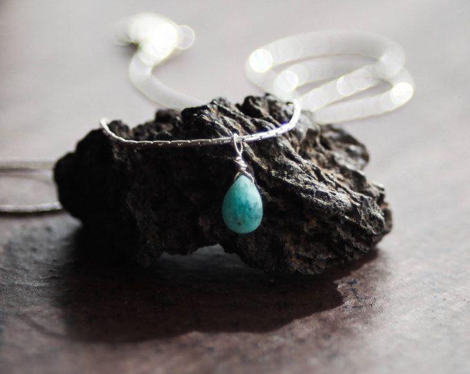 Collana piccola in argento / acquamarina collana / luce blu collana d'argento / stratificazione collana