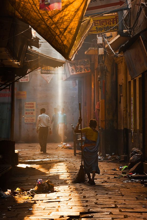 walking the streets of Varanasi on a beautiful Morning~
