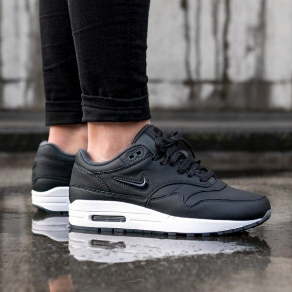 Nike Footwear Air Max 1 Essential Trainers White Anthracite