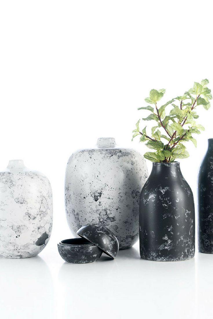 Vintage - decorative vases with marble effect by @arfaiceramics   #interiors #ceramics #interiordesign #homeaccessoriess
