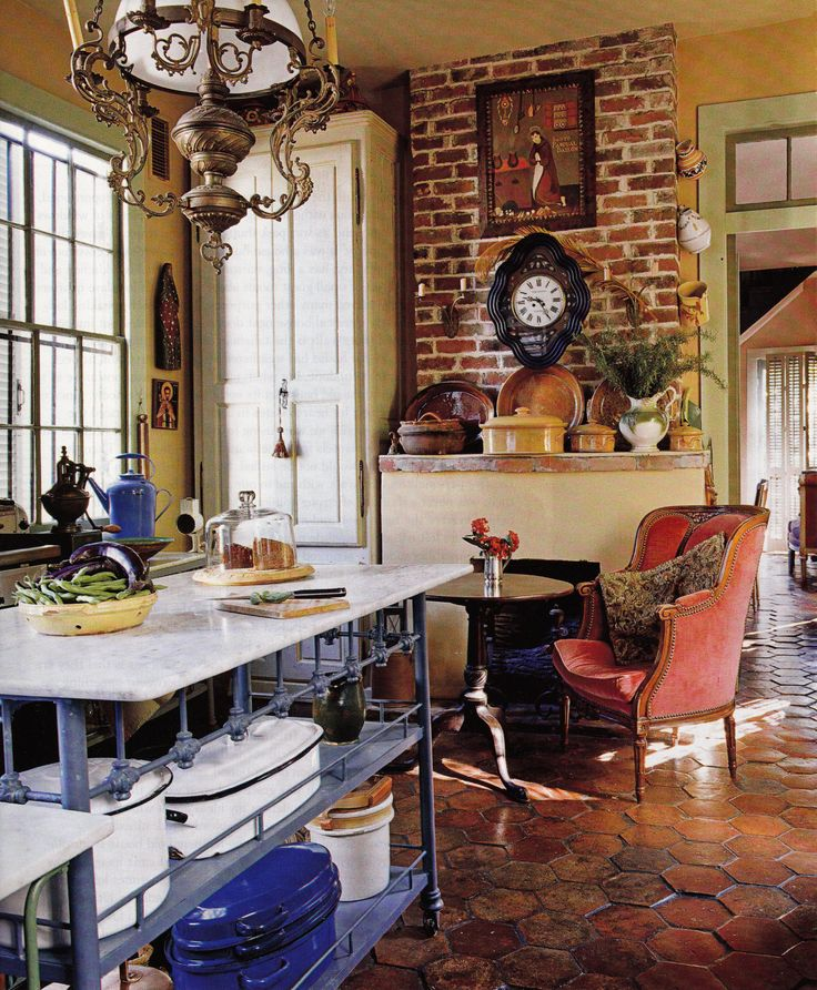 antiques dealer interior designer patrick dunnes home in new orleans southern accents march april - Home Decor New Orleans