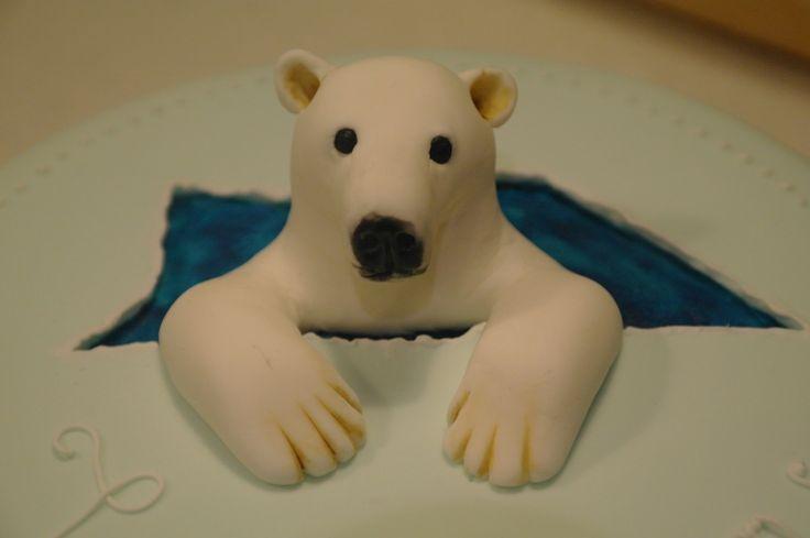 fondant and polar bear   fondant polar bear - Cake Decorating Community - Cakes We Bake