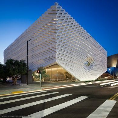 The Broad Museum: Architects: Diller Scofidio + Renfro Location: 221 South Grand Avenue, Los Angeles, CA 90012, USA Executive Architects: Gensler Area: 120000 ft2 Project year: 2015