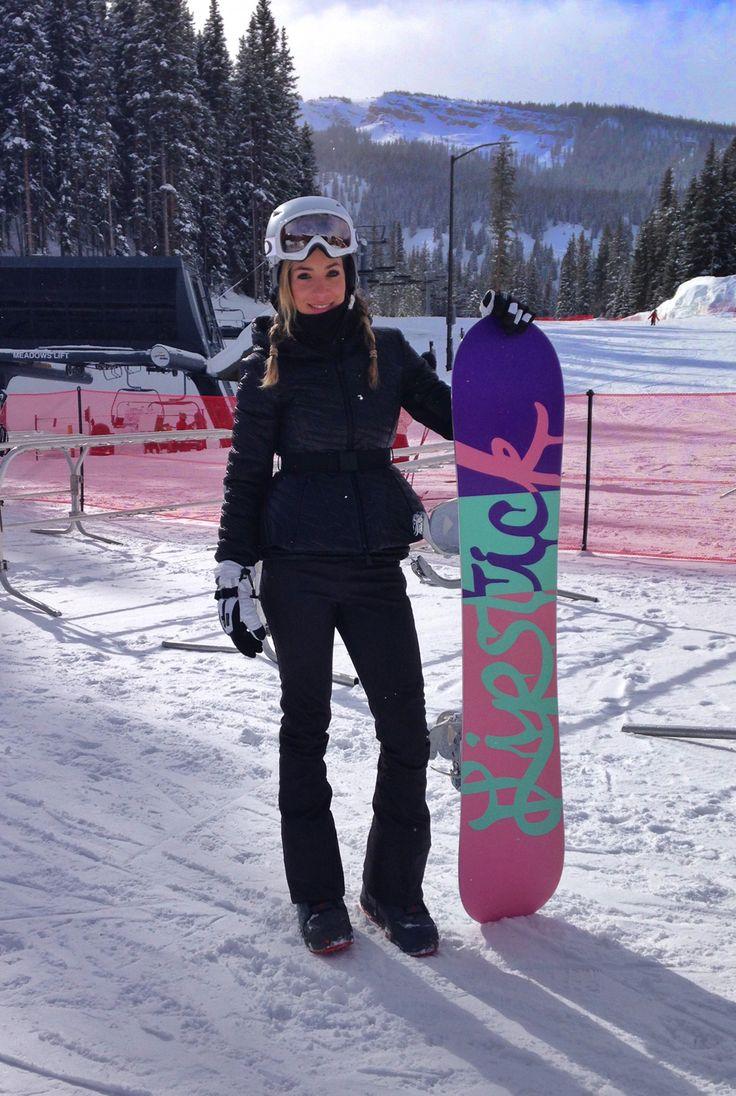 Fazia 8 anos que eu não esquiava! Estava com saudades do friozinho e de todo programa ski. Fui para Aspen e esquiei todos os dias em Snowmass, uma montanha pertinho da cidade de Aspen que é bem popular para esquiar porque é grande, com muitas pistas e tem aulinha e atividades para crianças. A Alice …