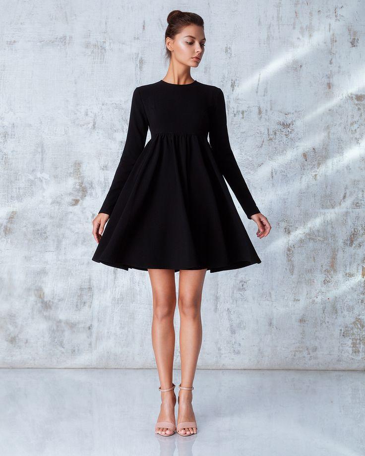 Платье «Берта» мини черное, с отстегивающимся воротником, Цена— 19990 рублей