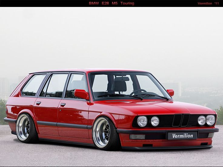 BMW M5 E28 touring - red.    #bmw #e28 #classiccar