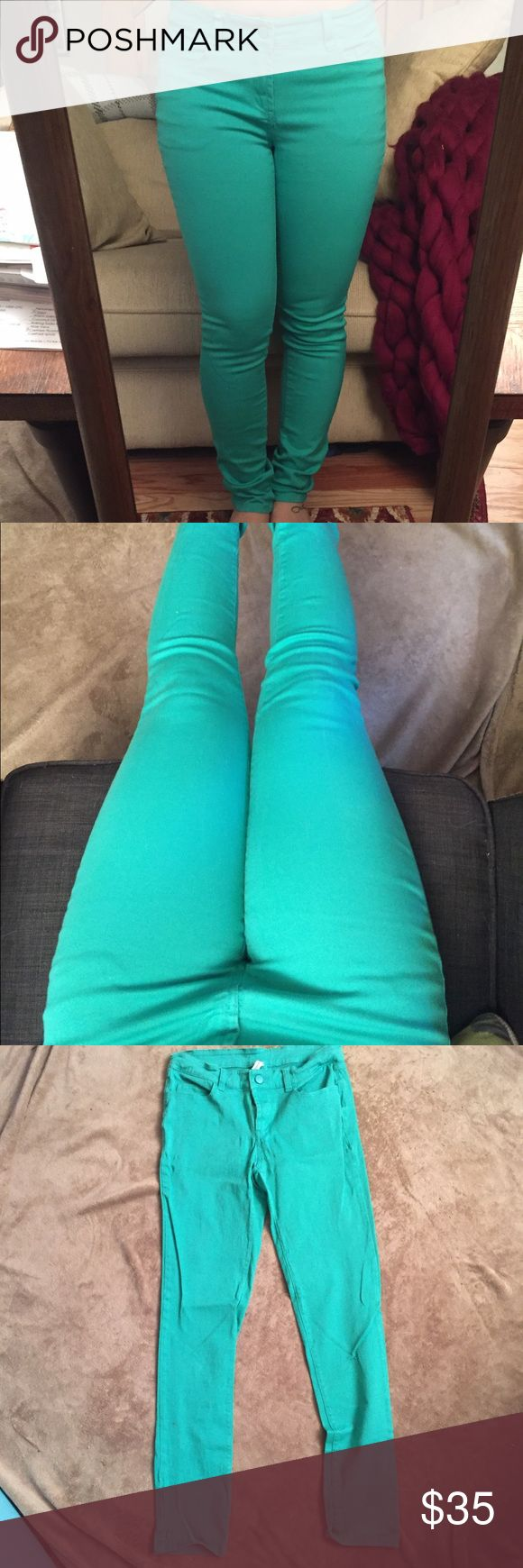 Teal Skinny Jeans Stretchy teal skinny jeans!                                                     Very comfortable pants, great for spring and summer!         Not sure exactly what size, tag only says Medium.              I'm usually a 27/28 for reference, but pants could probably stretch a little more to possibly fit a 29. Pants Skinny