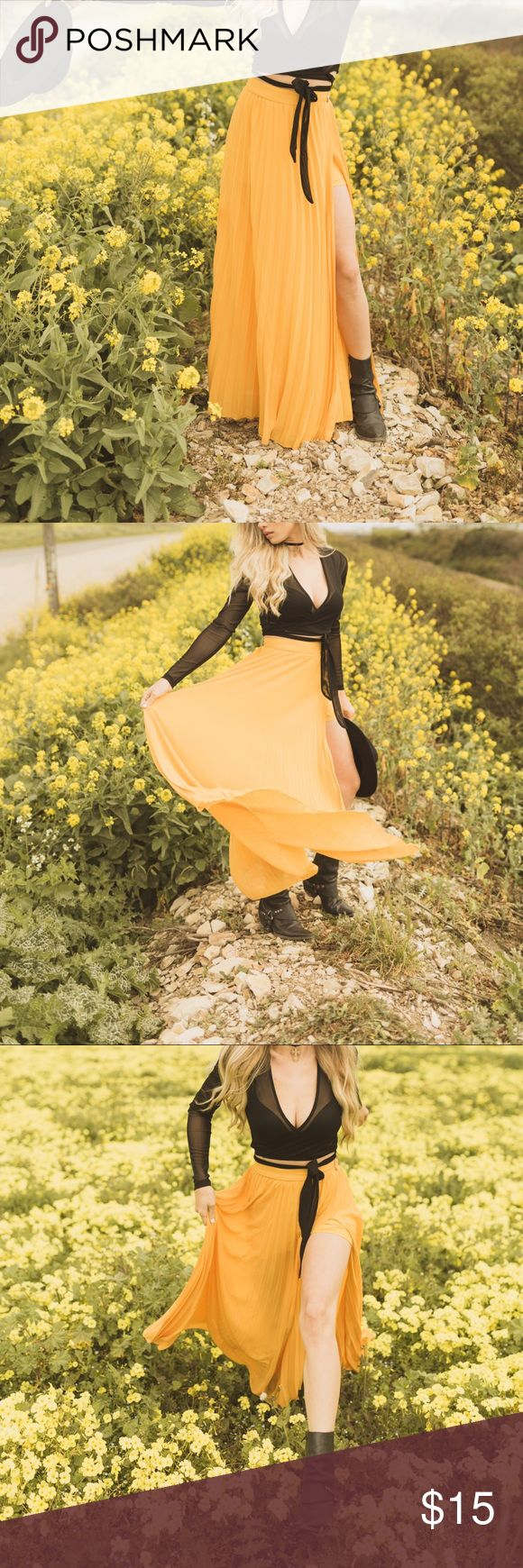 Yellow split skirt Pleated yellow slit skirt. Super cute. Too big for me. worn once for a shoot Skirts Maxi